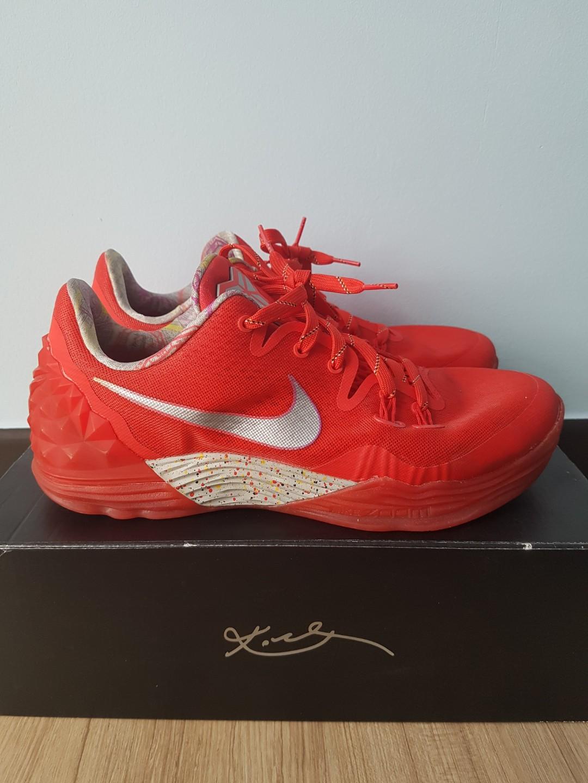 reputable site 019b0 a045a Nike Zoom Kobe Venomenon 5 Lmtd Ep, Men s Fashion, Footwear ...