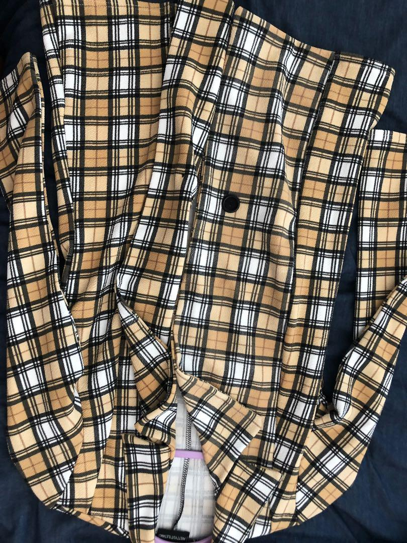 Pretty little thing jacket coat size 8 checkered clueless