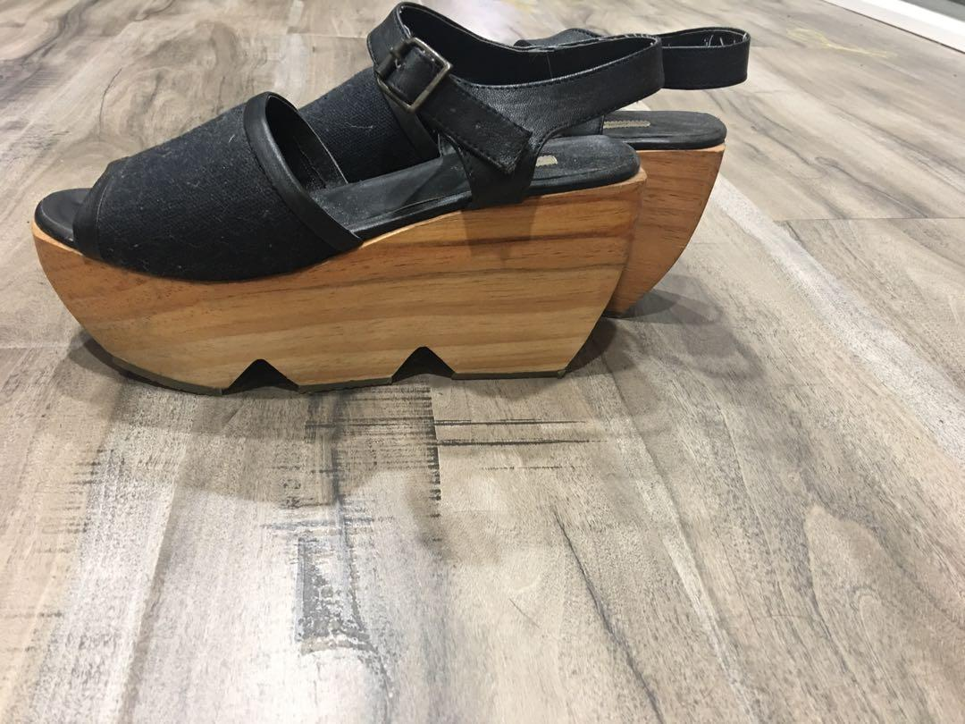 Urban Outfitters (Kimchi Blue) Wooden Clog Sandals
