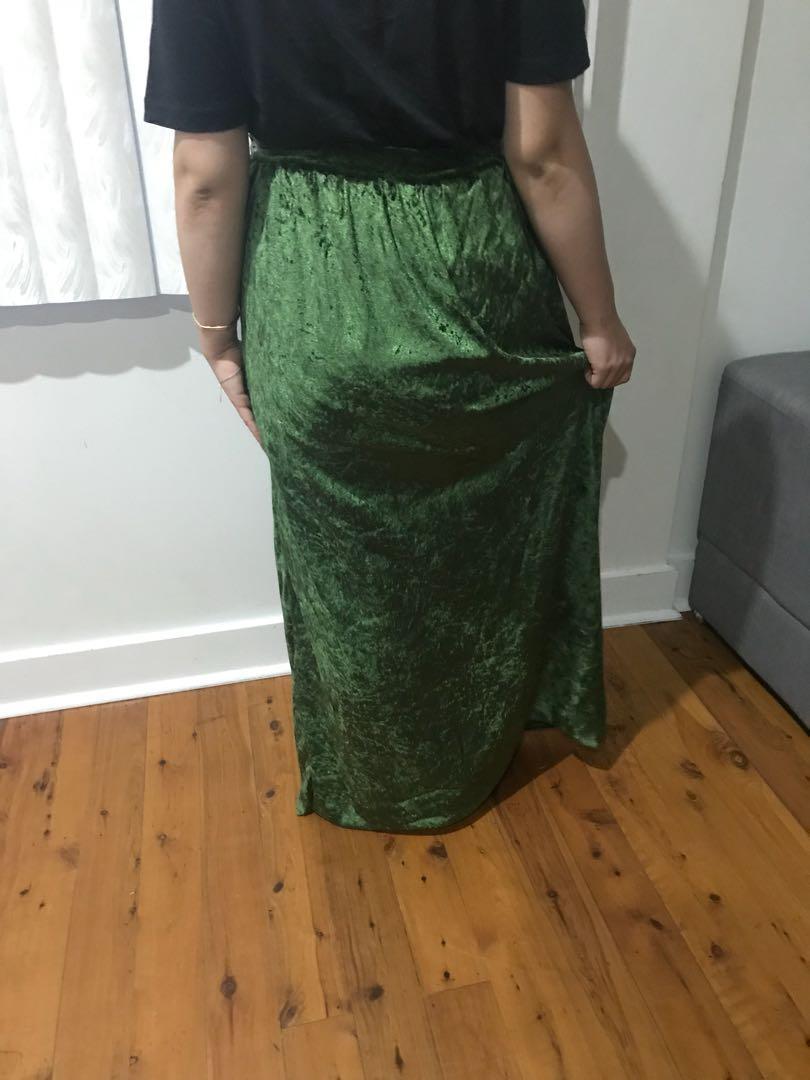 Women's velvet vintage rolled hem velvet maxi skirt size 14