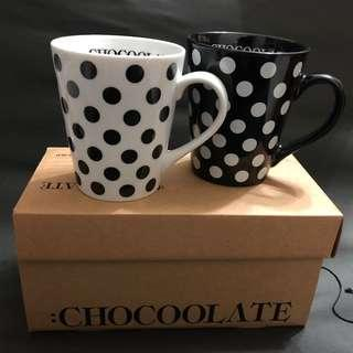 100% NEW CHOCOOLATE Mug 杯 一套兩個