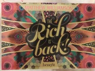 New Matthew Williamson & Benefit the rich is back beauty set