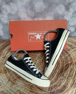 Converse 7Os bw low
