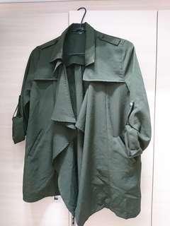 🚚 軍綠雪紡風衣外套