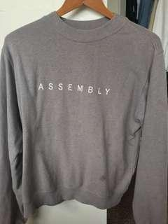 Assembly fret crew neck