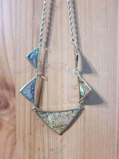 🚚 Geometric Necklace