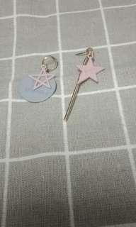 🚚 垂墜款星星造型不對稱耳環