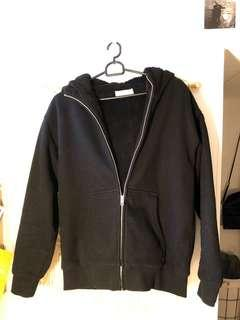Aritzia TNA Teddy zip up hoodie!