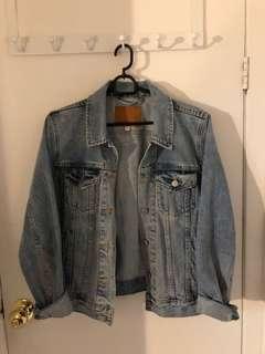 Aritzia denim forum jean jacket