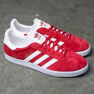 Adidas Red Gazelle - Worn once. 🌶