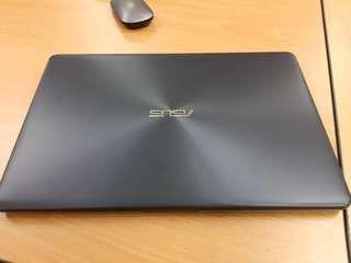 "Asus VivoBook (15.6"") nego"