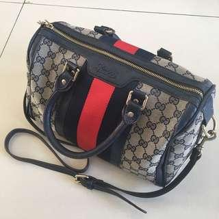 Gucci Sling bag (bkn ori)