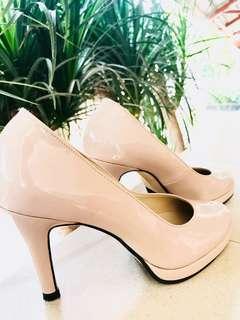 High heels (light pink)