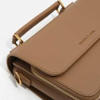 🚚 Charles & Keith Cropssbody Bag