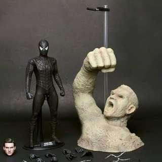 Hot Toys MMS165 Black Spiderman with sandman base