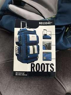 BRAND NEW ROOTS DUFFLE BAG WITH WHEELS