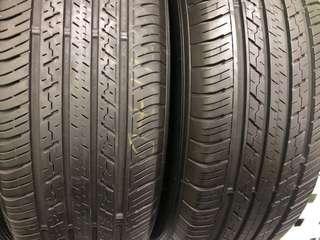 225/65/17 Dunlop ST30