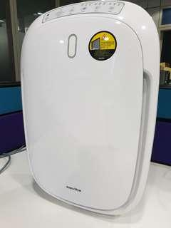 🚚 Novita air purifier