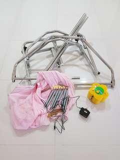 Electronic baby swing/ cradle