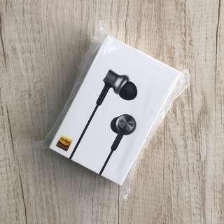 小米圈鐵耳機銀色 xiaomi Headphone Silver