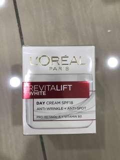 L'Oréal Revitalift White Day Cream (COD only)