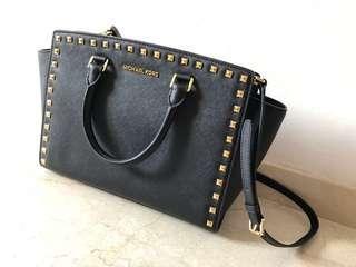 Michael Kors Selma Saffiano Leather Studded Medium Messenger Bag- Black