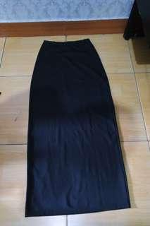 Black Skirt / Rok Hitam
