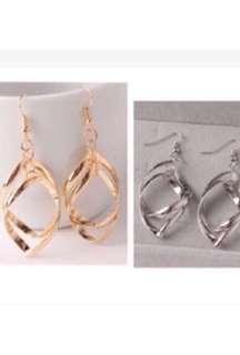 🚚 韓版時尚美學水滴造型勾式耳環☑️2選1