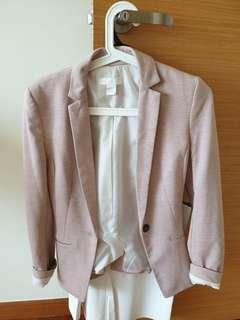 🚚 H&M pale pink tailored blazer