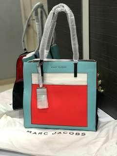 Marc Jacob Grind T Pocket Bag authentic