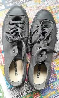 🚚 全新Converse鞋39號
