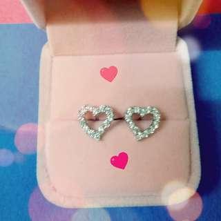 纯銀心型鋯石耳環