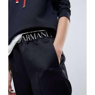 Emporio Armani亞曼尼  百搭 logo徽標  慢跑褲 休閒褲  專櫃賣一萬多  年終出清    Sweatpants by Emporio Armani  Your downtime uniform Elasticated waistband Signature branding Zipped pockets Zipped hem Regular fit No surprises, just a classic cut