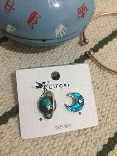 Moon and planet earrings