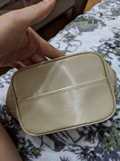 🚚 米色 nc2 化妝包 收納包