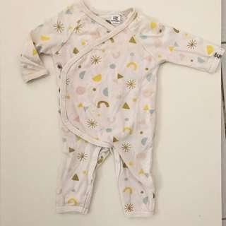 Sleepsuit open feet