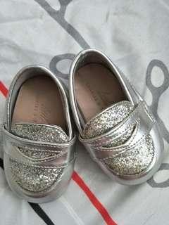 🚚 Charles & Keith Silver Baby Shoes