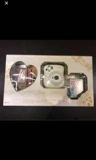 NEW Fujifilm instax mini 25 (white) Wedding Gift