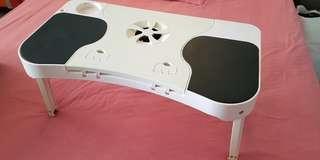 Pc portable table