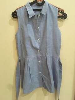 Jeans sleeveless top