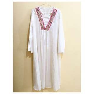 Gamis Putih / Abaya putih