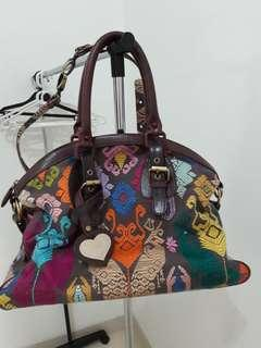 Tas wanita, kulit asli, motif tunik Bali