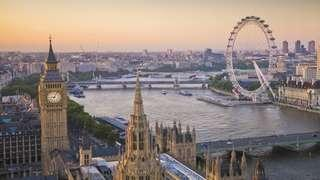 Travel to London and stay there cheapest package