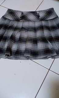 Dress pesta sabrina top take all