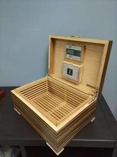 Artwood Cigar Box