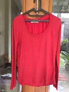 Red Top / Sweater Red