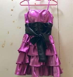 紫色束腰晚裝短裙