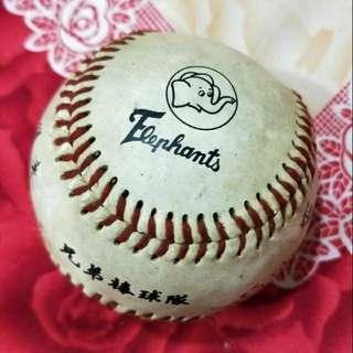 🚚 兄弟象 早期印刷簽名球 第一代球  中華職棒絕版 收藏 紀念 出清 棒球隊 多人簽名