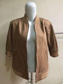 Mocca Sporty Jacket / Outer