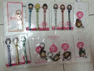 Twice japan key chain , pen